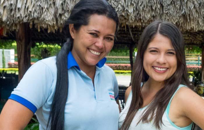 Adriana und Laura grüssen aus Palmira, Kolumbien